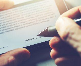 Como a assinatura eletrônica integrada em fluxos de trabalho beneficia sua empresa?